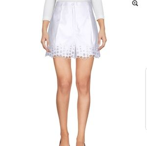 NWOT CARVEN white Bermuda shorts 36